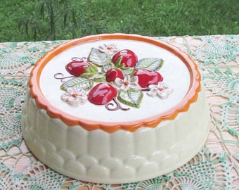 Ceramic Strawberry Cake | Vintage Kitchen | Strawberry Art