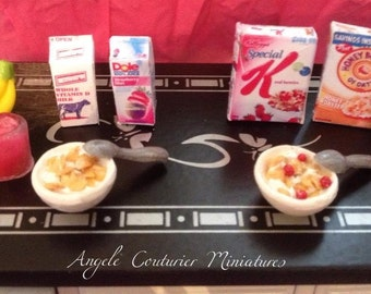 Miniature breakfast set miniature serial miniature juice carton milk carton miniature food miniature dollhouse scene