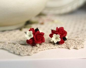 Polymer Clay earrings, handmade Flowers jewelry, floral earrings, flower studs, small earrings, flower earrings, polymer clay flowers