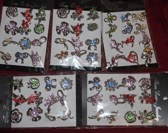 pack of 12 coloured diamantee crafting brooches