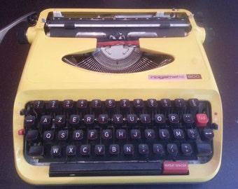 Typewriter VINTAGE brand NOGAMATIC model 600 Collector