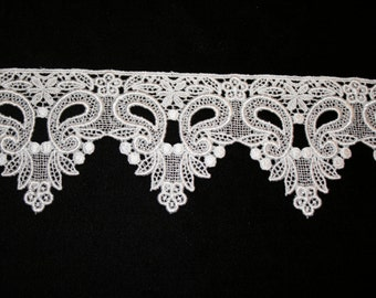 Venise Lace in Ivory - Sold by the Yard