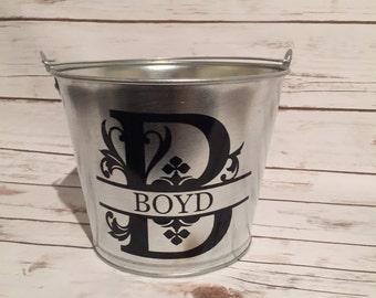 Personalized metal bucket