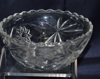 "Anchor Hocking Early American Pres-Cut Glass (EAPC) 5 1/4"" Scalloped Rim Bowl - Vintage Item #158"