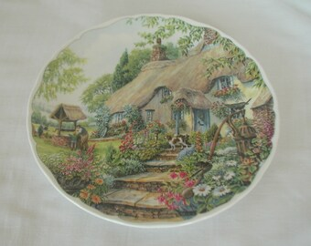 """Royal Albert Bone China Dream Cottages """"Summer"""" Collectible Plate"""