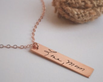 Mommy Necklace, Vertical Bar, Handwritten Gold, Silver or Rose Gold, Laser Etched Engraving, Words - Mother Sister Bestfriend Memorial Gift