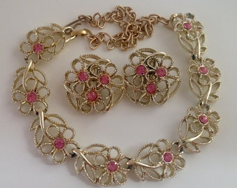 Pretty Vintage Choker & Matching Earrings. Pink. Sparkle.
