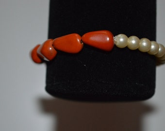Orange and pearl stretch bracelet