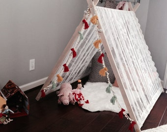 A frame tent, tent, play tent, kids tent, photo prop