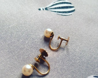 9ct Gold Pearl Vintage Earrings