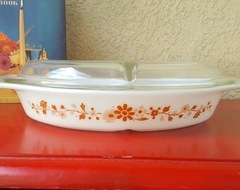 Vintage Pyrex Oval Divided Dish -Promotional Pattern *Floral* with Lid