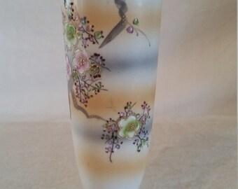 ucagco floral vase/floral vase/vase/ucagco/ucagco vase/ucagco/ceramic vase
