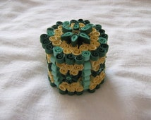 Quilled paper box, gift box, decorative box, handmade quilled box, Quilled jewellery box