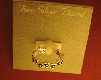 rare i pick you family daisy chain flower fine silver plated ring size 6 new old stock