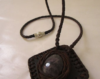 Leather necklace with Amethyst-Leather necklace with Amethyst-Collar de cuero con Amatista