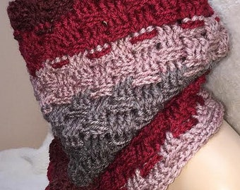 Small Red Cowl, Basketweave Cowl, Red Scarf, Red Cowl, Crochet Cowl Scarf, Crochet Cowl, Crochet Scarf, Crocheted Scarf