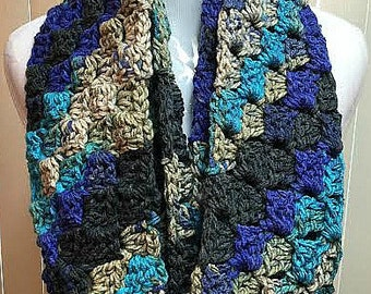 Blue and Black Scarf, Crochet Scarf, Black and Blue Scarf, Royal Blue Scarf, Infinity Scarf, Chunky Scarf, Blue Scarf