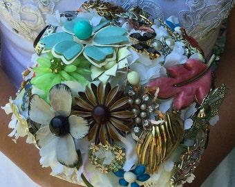 Vintage brooch bouquet, vintage bridal bouquet, vintage flower brooch bouquet, brooch bouquet,