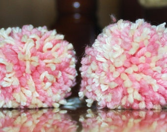 Set of two yarn pom pom pink and white for baby girl