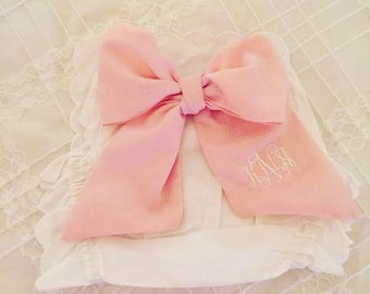 Scalloped Baby Bloomers with Large Pink Bow