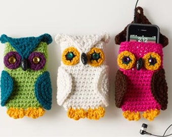 Crochet owl phone cozy