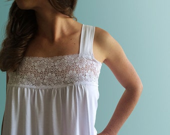 Sicily - White organic cotton nighdress