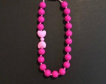 Pink girl loop necklace