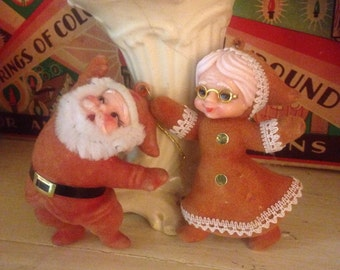 Vintage Santa and Mrs Claus