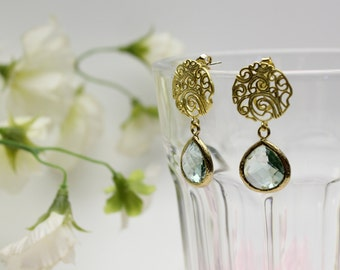 Graphic circle earrings with framed glass