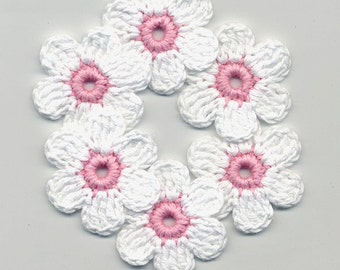 Crochet Flowers -  White Crochet Flowers - Crochet Applique - Crocheted Colored Flowers - Rosa Flowers - Crochet Flowers 4cm 6 Pcs