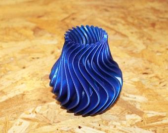 3D printed Twisted Vase Blue