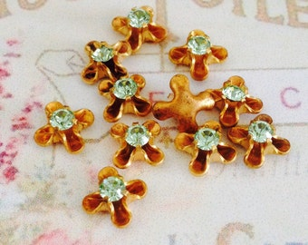 10 vintage light green chrysolite swarovski austrian crystals in brass setting 3mm crystal no.sf24ct-15