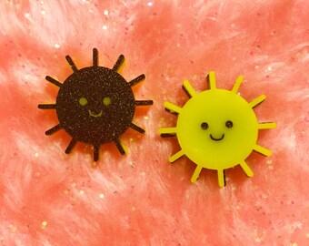 Happy Sun Brooch