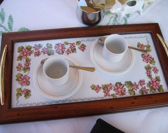 Wooden tray with golden handles cm. 47 x 26 cm with embroidery under the glass