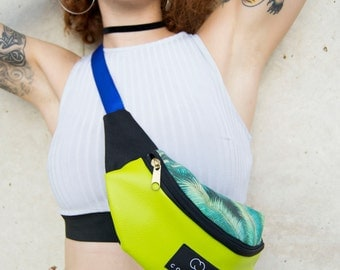 palm-fresh Fanny Pack