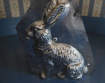Classic Hare by Eppelsheimer  # 4602/45 Vintage Metal Candy Mold