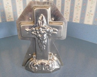 "7 1/2"" Easter Cross #391 Vintage Metal Candy Mold"