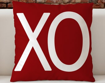 """Valentines Pillow, XO Throw Pillow 18""""x18"""", Valentines Day Gift, friend gift, special gift,  Valentines Decor,"""