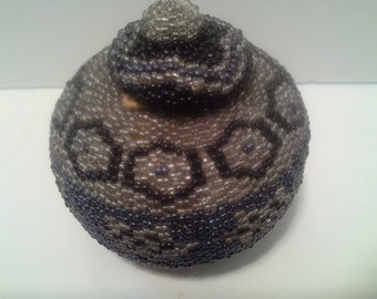 Silver & blue beaded round box