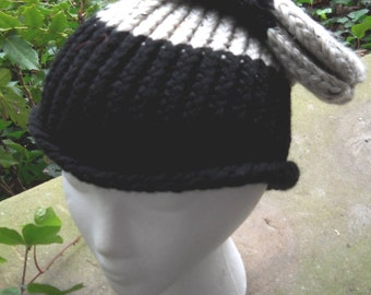 Black and White Slouhy Ski Hat 007