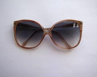 Vintage Oversize Sunglasses with Smoky Glass