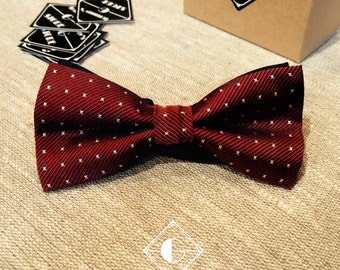 Red handmade adjustable bow tie for men in box