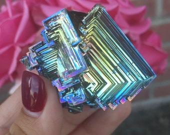 Cluster-like Bismuth Crystal