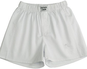 Men's shorts White strip