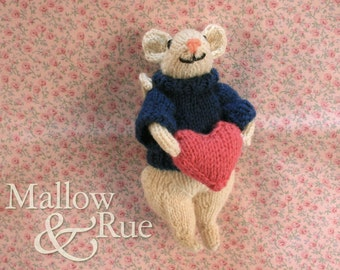 Knitted mouse | Valentine mouse doll | cute collectible mouse doll | OOAK soft sculpture