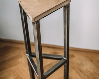Bar stool made of steel and wood