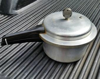 Vintage Mirro Pressure Cooker Canner 4qt