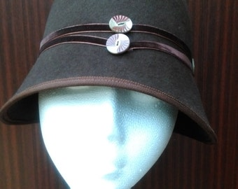 1920s 1930s Art Deco Flapper Style Cloche Hat