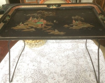 Worcster Ware Serving/ breakfast tray 86