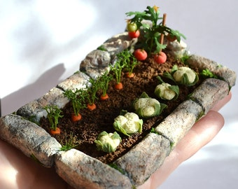 Miniature Garden, Dollhouse garden, Miniature Vegetable ,to order,dollhouse miniature plant,miniature flowers, scale one inch, scale of 1:12